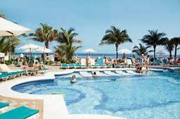 thL47ESN4E - Take a Trip to the Bahamas